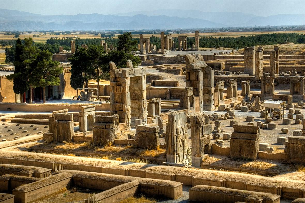 Tachara,_Persepolis.jpg