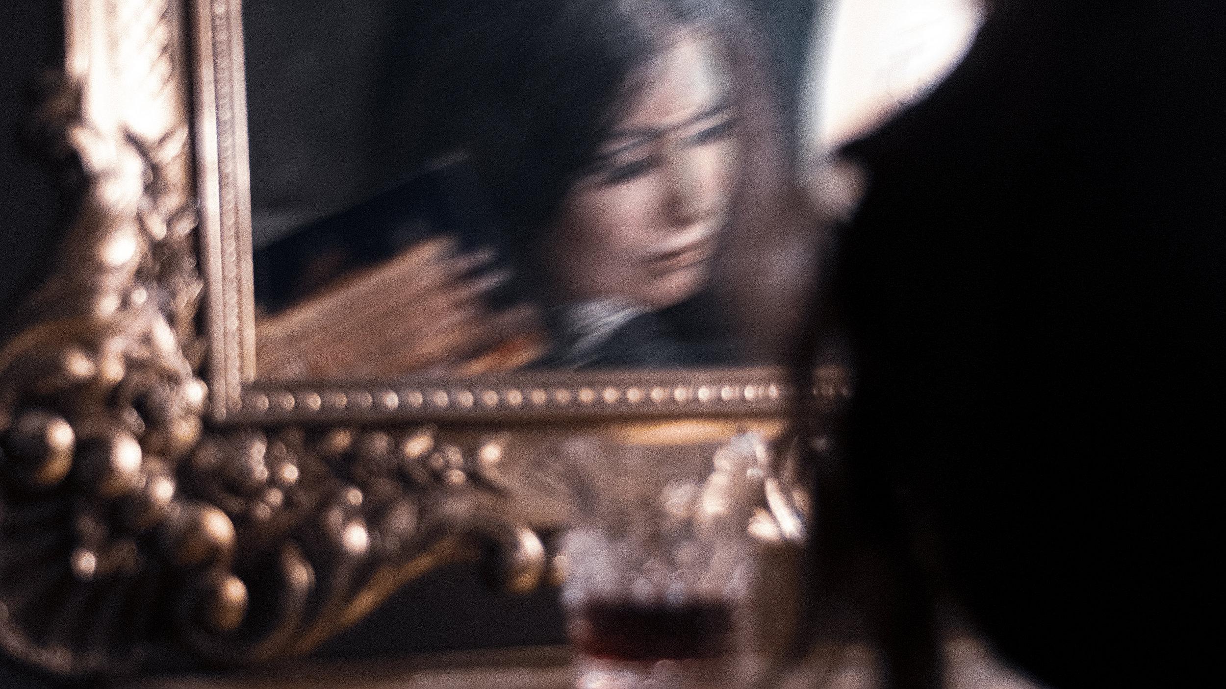Ritual---Florence-Mirror-2-Blurry_WEB.jpg