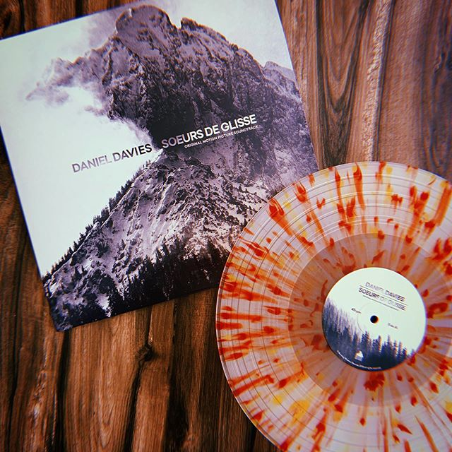 """Daniel Davies // Soeurs De Glisse ⠀⠀⠀ ⠀ This absolutely stunning beauty just showed up from the lovely lads at @burningwitchesrecords. ⠀⠀⠀ ⠀ Last year @daniel_davies released a fantastic record through BWR called """"Events Score,"""" which was a gorgeous example of the music and atmosphere he creates, and why he played such an integral part in the latest Halloween score with @johncarpenterofficial and @ludrium. ⠀⠀⠀ ⠀ I'm just now giving this a first spin and I already know 1 track in that it'll be exceptional from start to finish. ⠀⠀⠀ ⠀ #vinyl #vinylcollector #vinylcollective #instavinyl #vinyl #records #vinyljunkies #vinylingclub #music #nowplaying #nowspinning # love #instagood #instamusic #photooftheday #hailsatan #me  #listeningparty #LP #sharingneedleswithfriends #snwfvinylclub #danieldavies #johncarpenter #codycarpenter"""