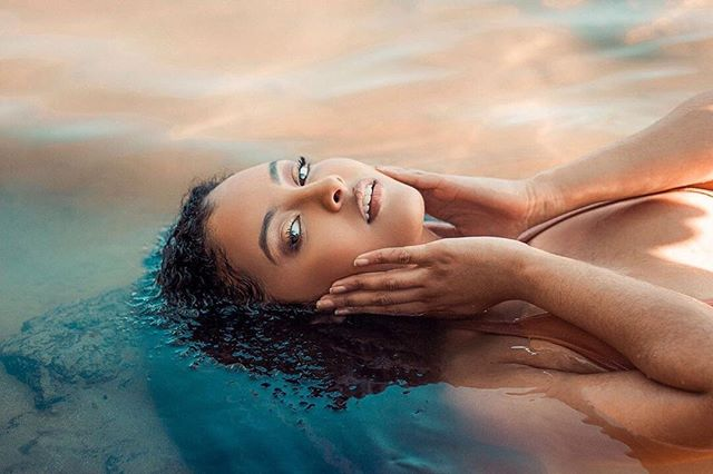 #repost @terra.xoxo #inspiredbyher ・・・ waves of serenity • thank you @natiyohannes for holding the reflector!