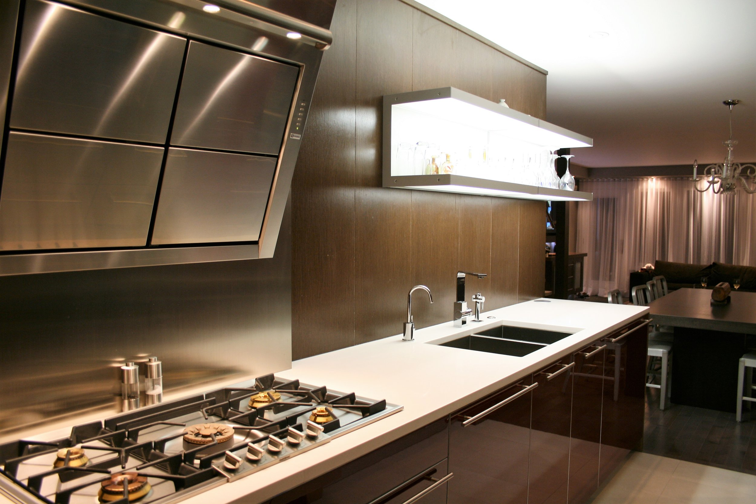 Hillhearst-Kitchen2.JPG