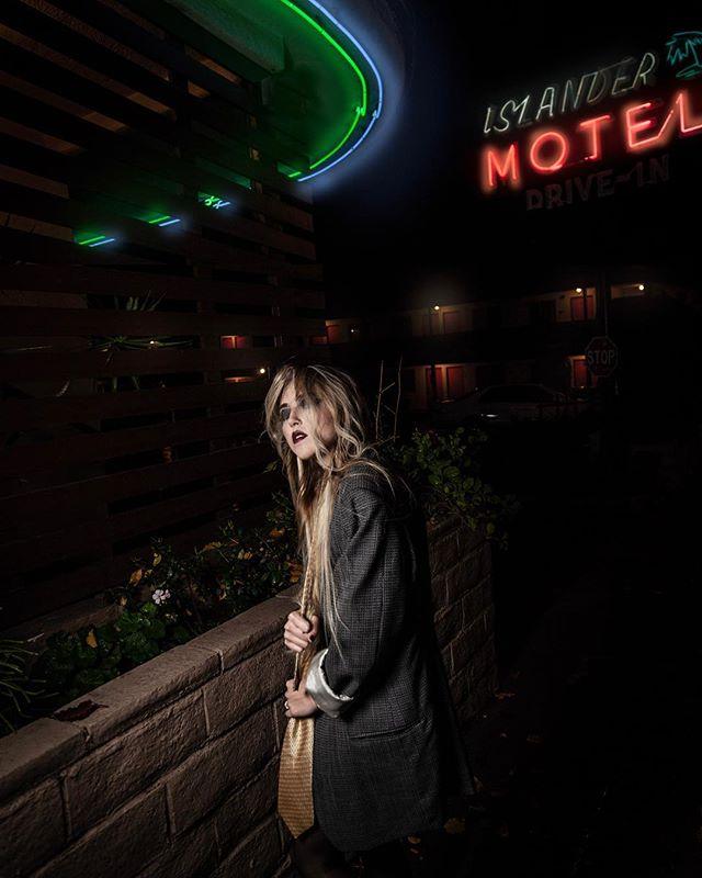 motel creepin 📸 @sebastiandkeefephoto