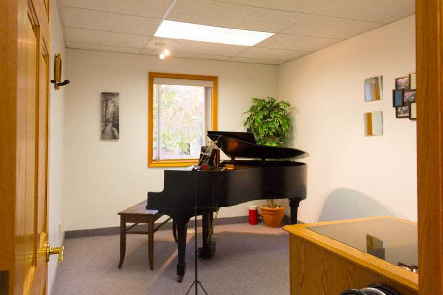 MUSIC ROOM A -