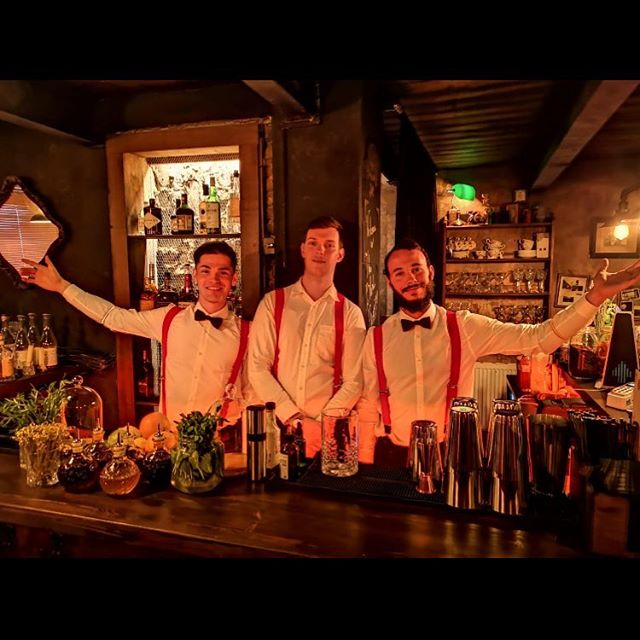 The Blind Phoenix Bar welcomes you. Come find us to discover the magic. #secretlondon