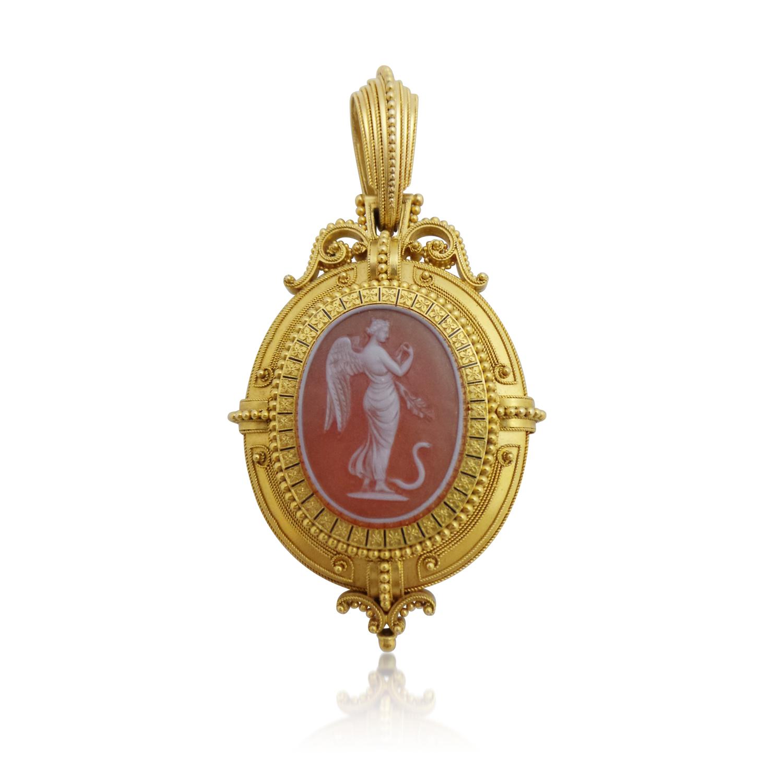 etruscan+revival+hardstone+cameo+pendant+locket.jpg