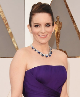 The luscious blue sapphire gemstones on Tina Fey's Bulgari necklace were a gorgeous match with her rich purple Versace gown.