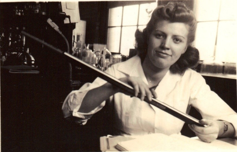 Marie Smith, lab technician at Billings Hospital in Chicago (1942-44) using a K&E 4053-5 20 inch long slide rule.