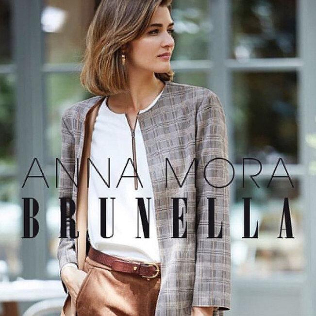 Anna Mora.jpg
