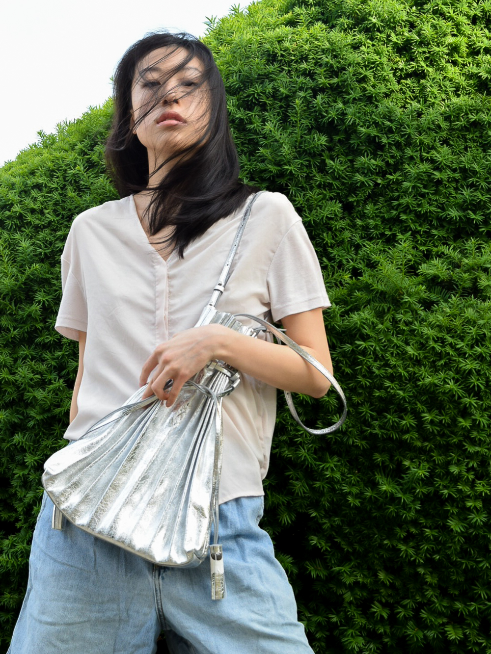 Lucky Pleats Shopper Cracked Silver The sensible fay east asian style blogger review