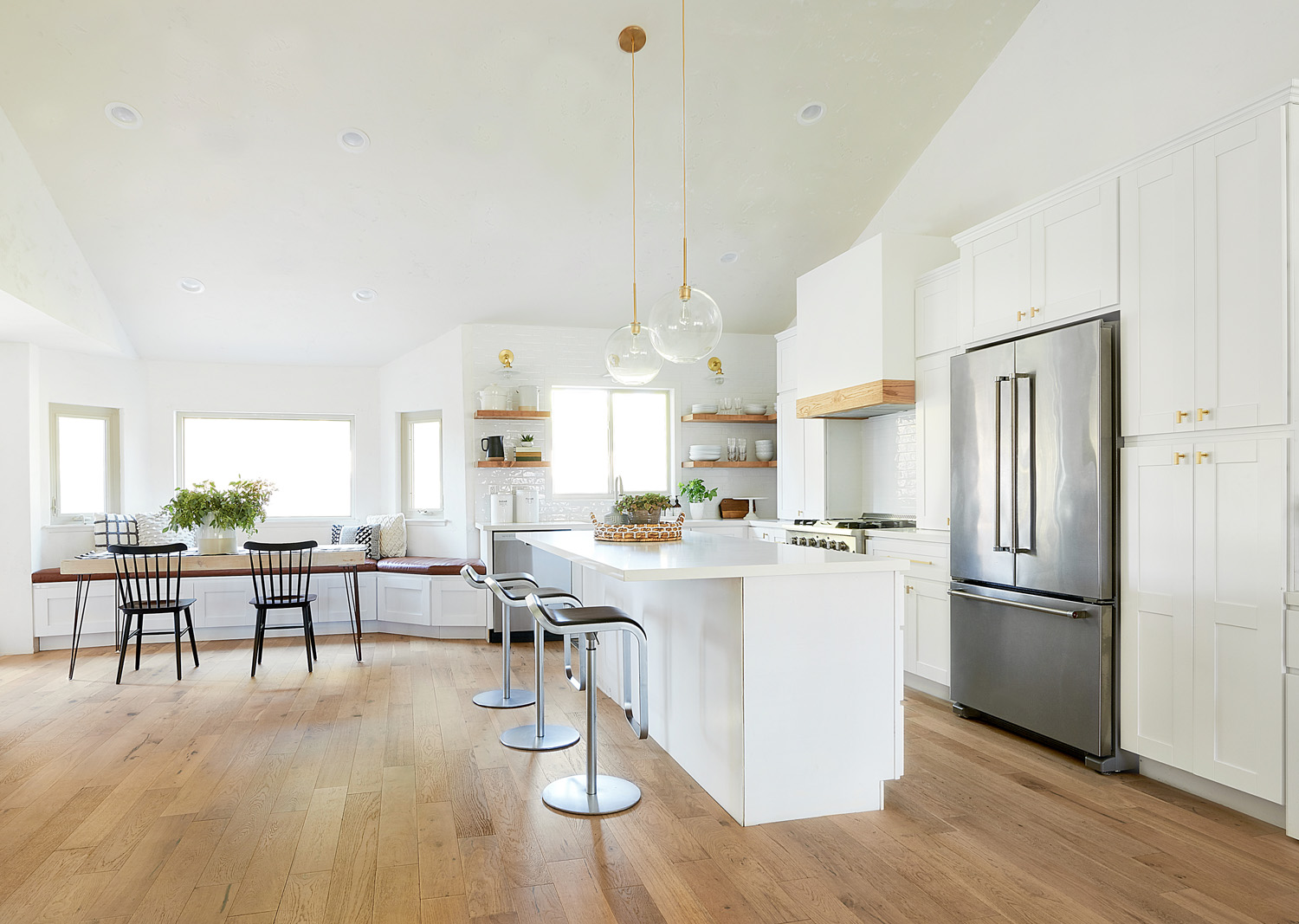 Modern+White Kitchen Angle.jpg