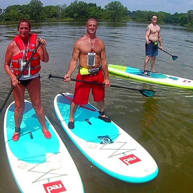 Bring your family and join us for a fun paddle on the river! . . . . . #maumeepaddle maumeepaddle.com #toledoohio #ohio #Toledo #paddleboard  #sup  #paddleboarding  #paddle  #standuppaddle  #suplife  #watersports  #kayak  #standuppaddleboard  #standuppaddleboarding #ohiopaddle #ohiokayak #ohiocanoe #ohiobloggers #redpaddlecousa #redpaddleco
