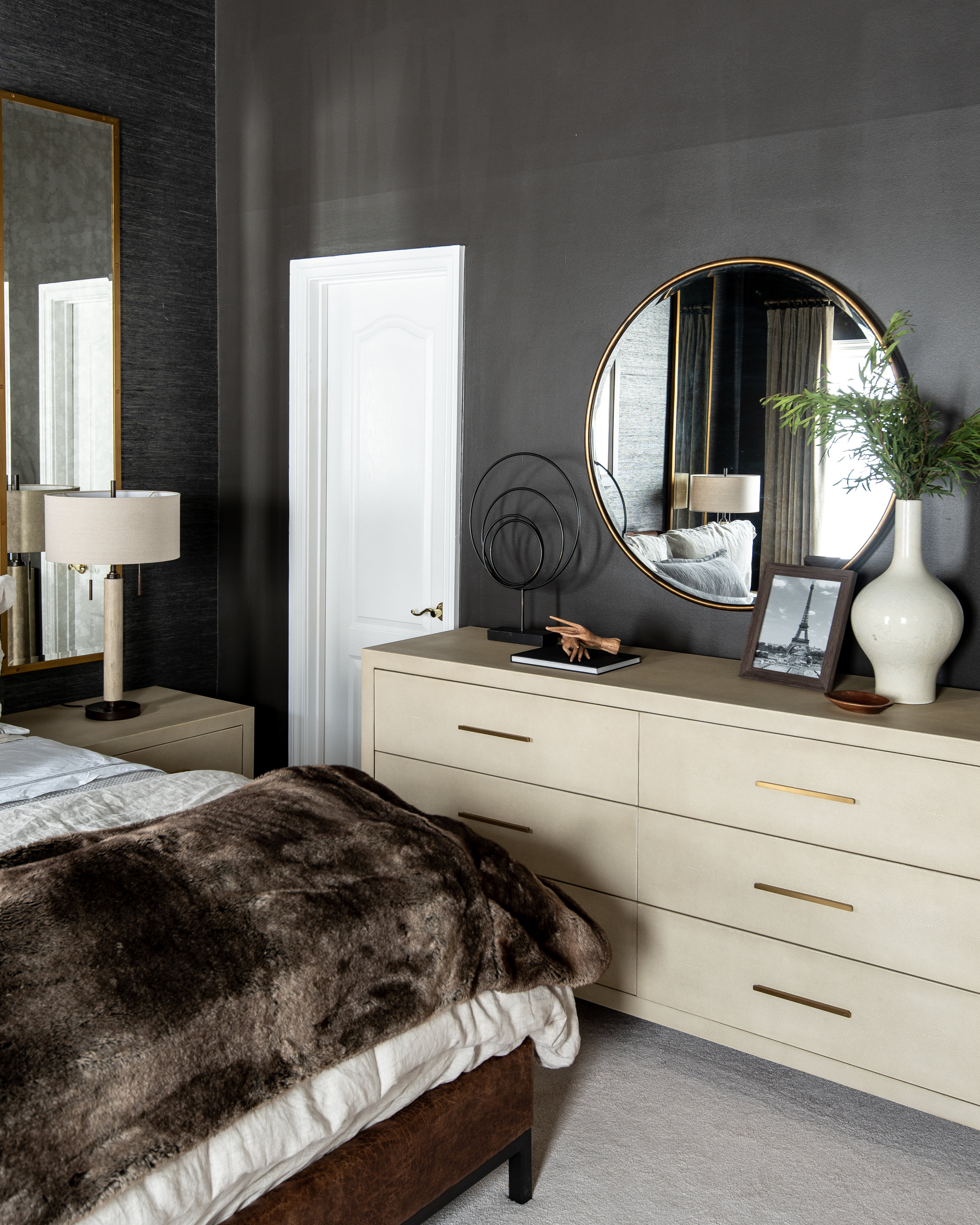 black-walls-grasscloth-wallpaper-bedroom-sexy-decor-glam-white-dresser-round-mirror.jpg