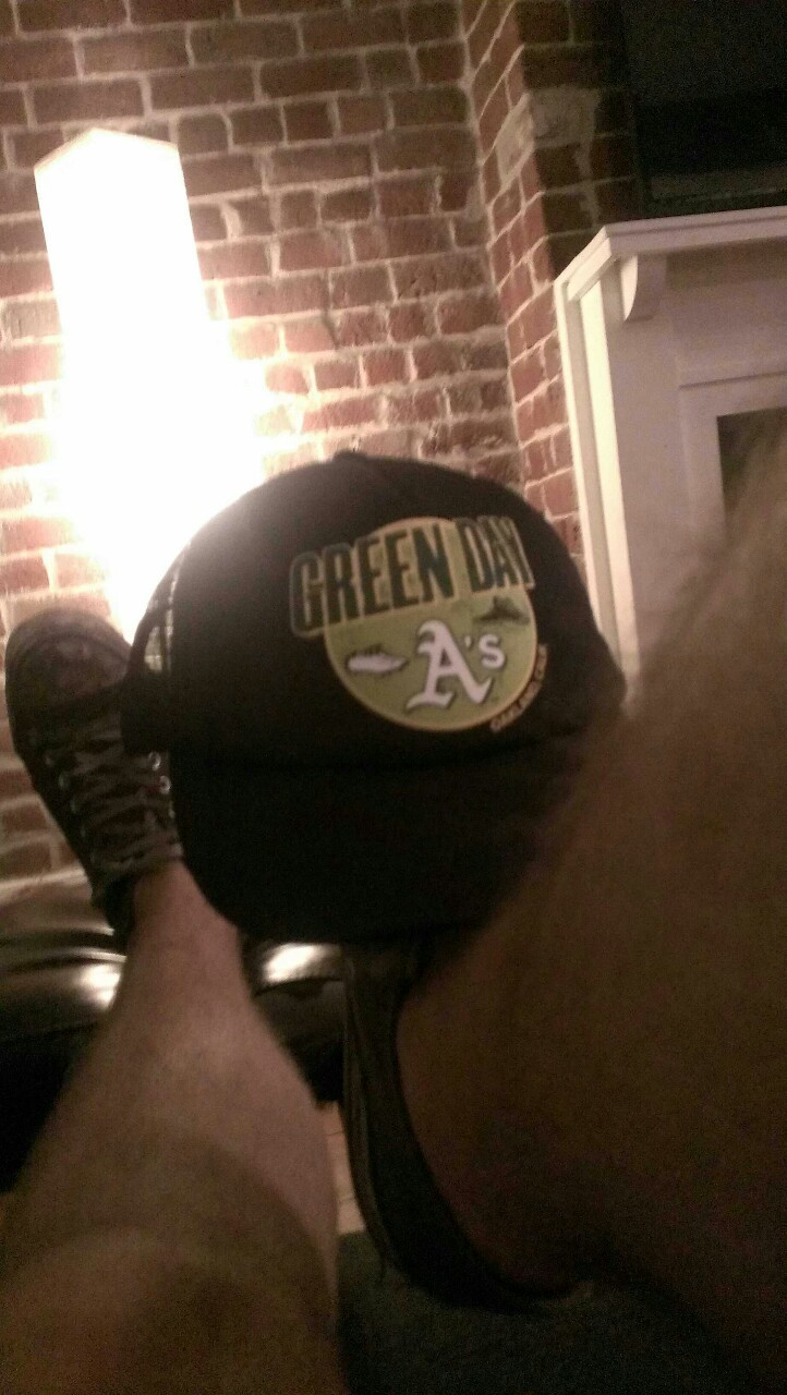 Also my Green Day/Oakland  A's  hat came in the mail today. What a day.