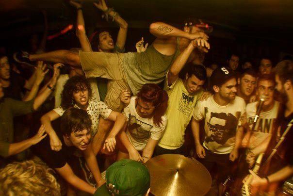 "cap-n-bagzz :     Chalk Talk's ""BAD INFLUENCES"" EP release show on 8/4/12"