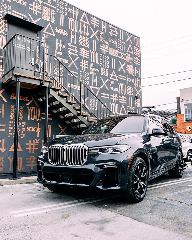 BMW X7 mural tour for @friezeartfair by @bmwgroupculture