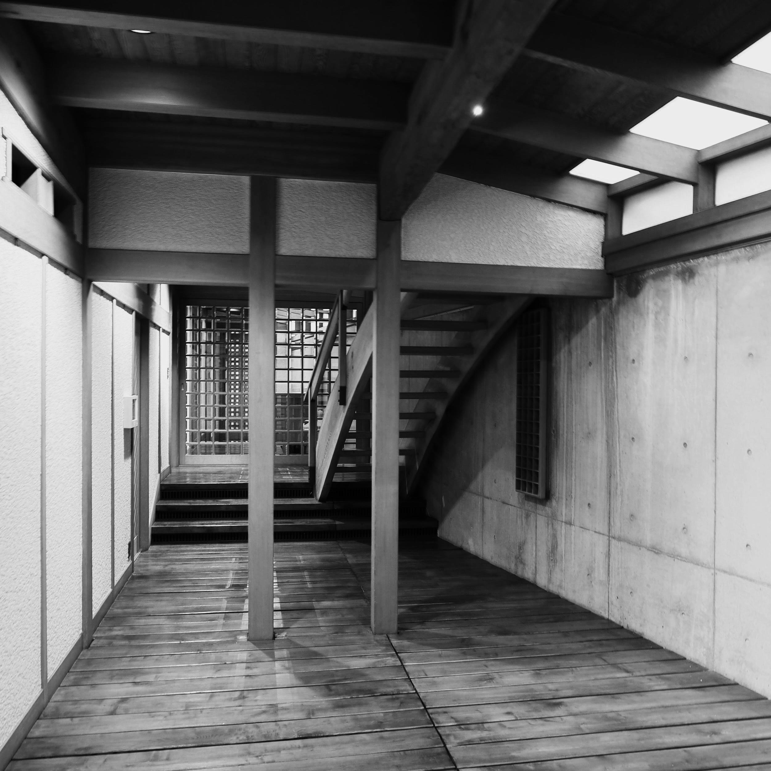 等々力ハウス - 平成元年築30年の木造ギャラリーを修復・保存(世田谷区等々力 2013年)