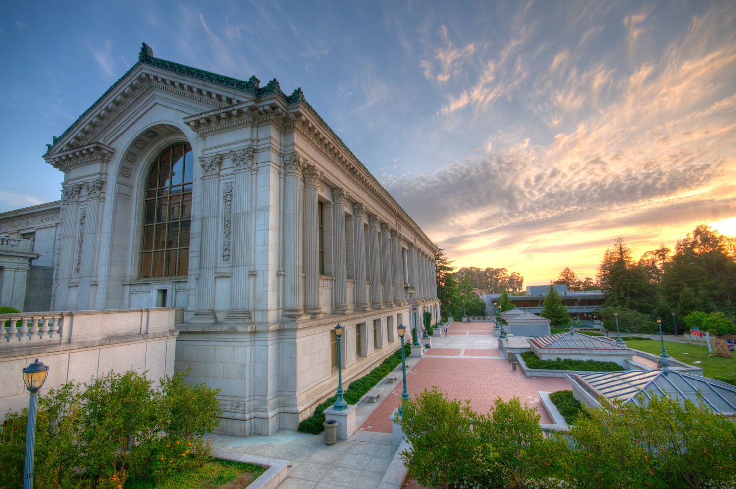 UC Berkeley campus Tour - Take a journey through Berkeley history as you cross Sproul Plaza. Relax in the shade along Strawberry Creek. Feel the world-changing energy of over 35,000 students from around the world.