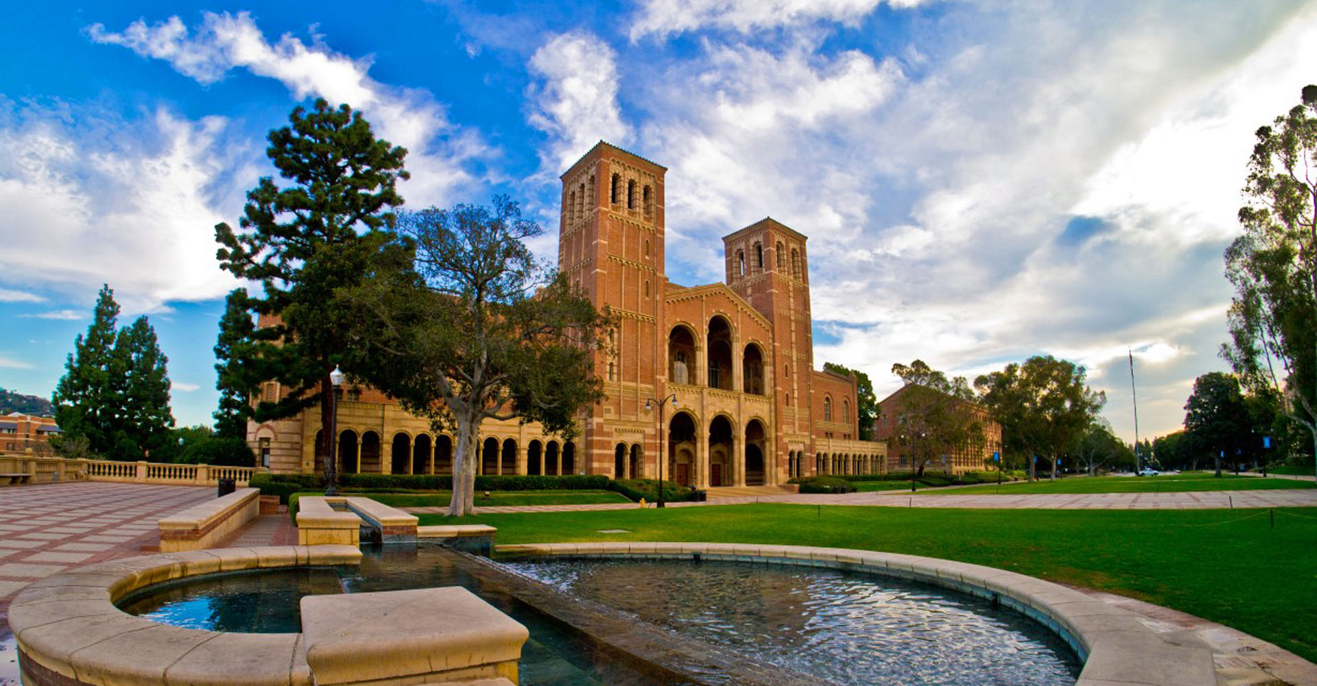 UCLA Campus Tour - 1-hour campus tour will be led by students currently attending the university.