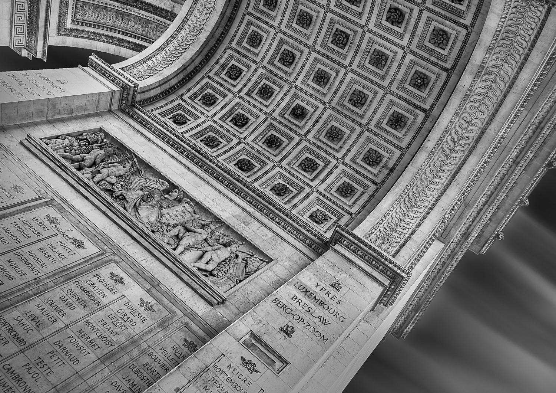 Arc de Triomphe from below