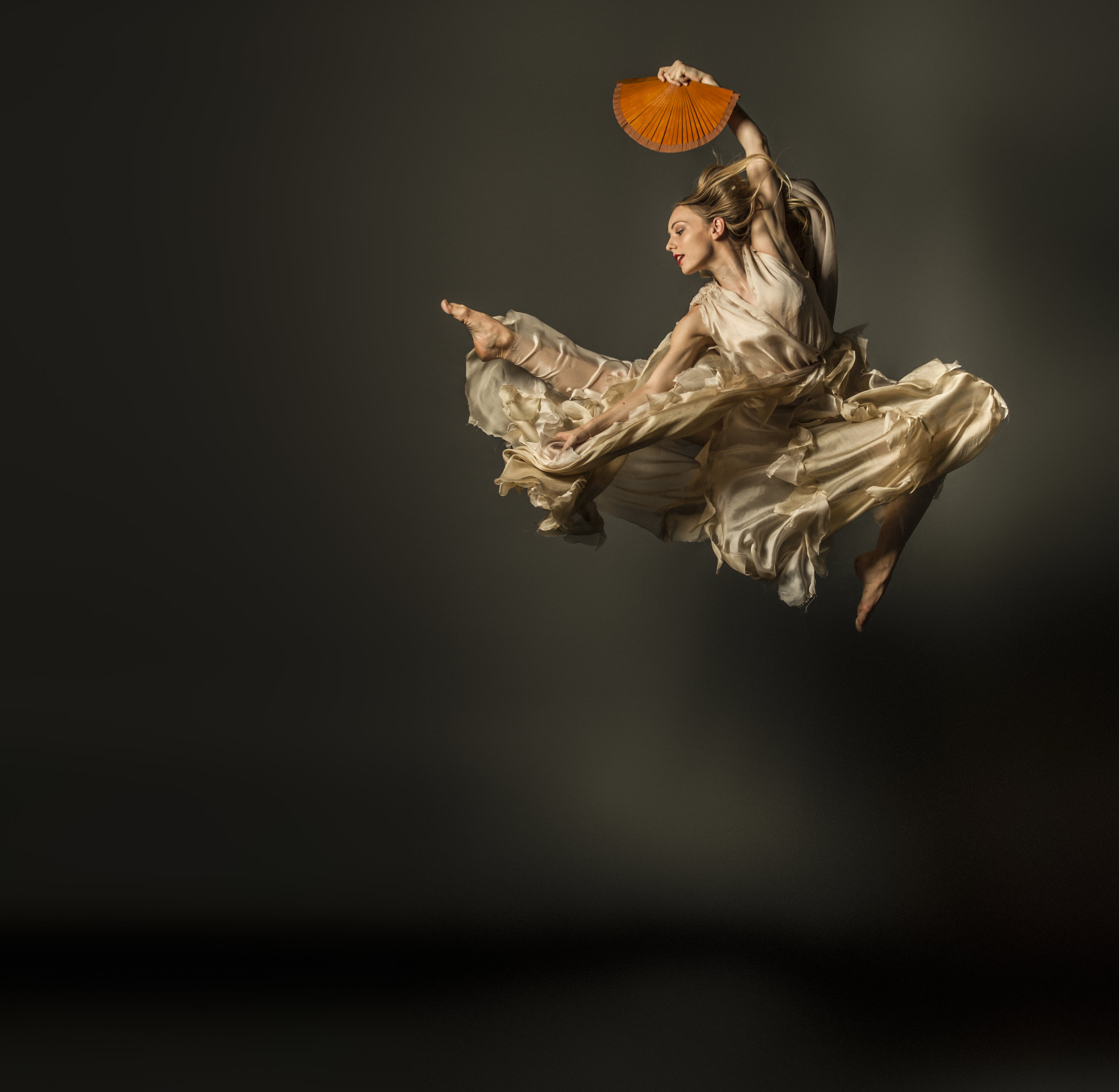 4TORO, TORO_by Carlos Pons Guerra for DeNada Dance Theatre. Photoby_ Boneshaker Photography.jpg