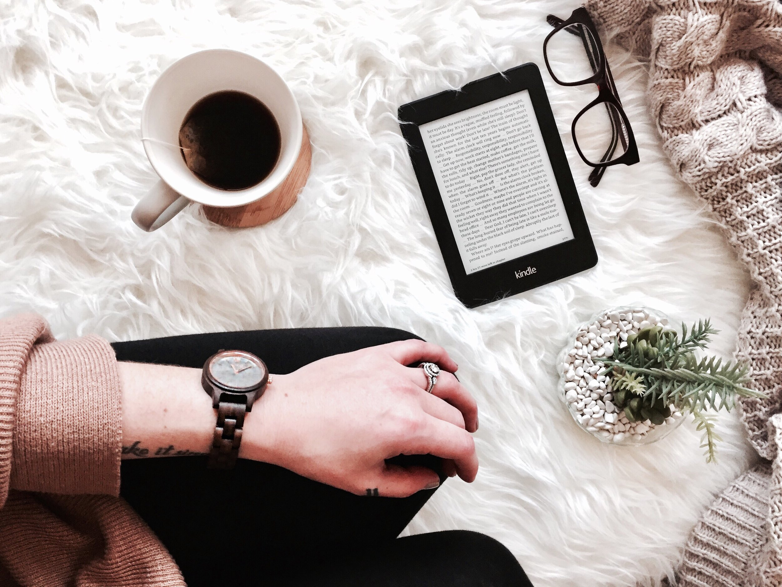 Three Reasons to Celebrate Yourself Today: A Giveaway with JORD | tawnimarie.com | JORD watch, kindle, glasses, coffee, self care, celebrate yourself