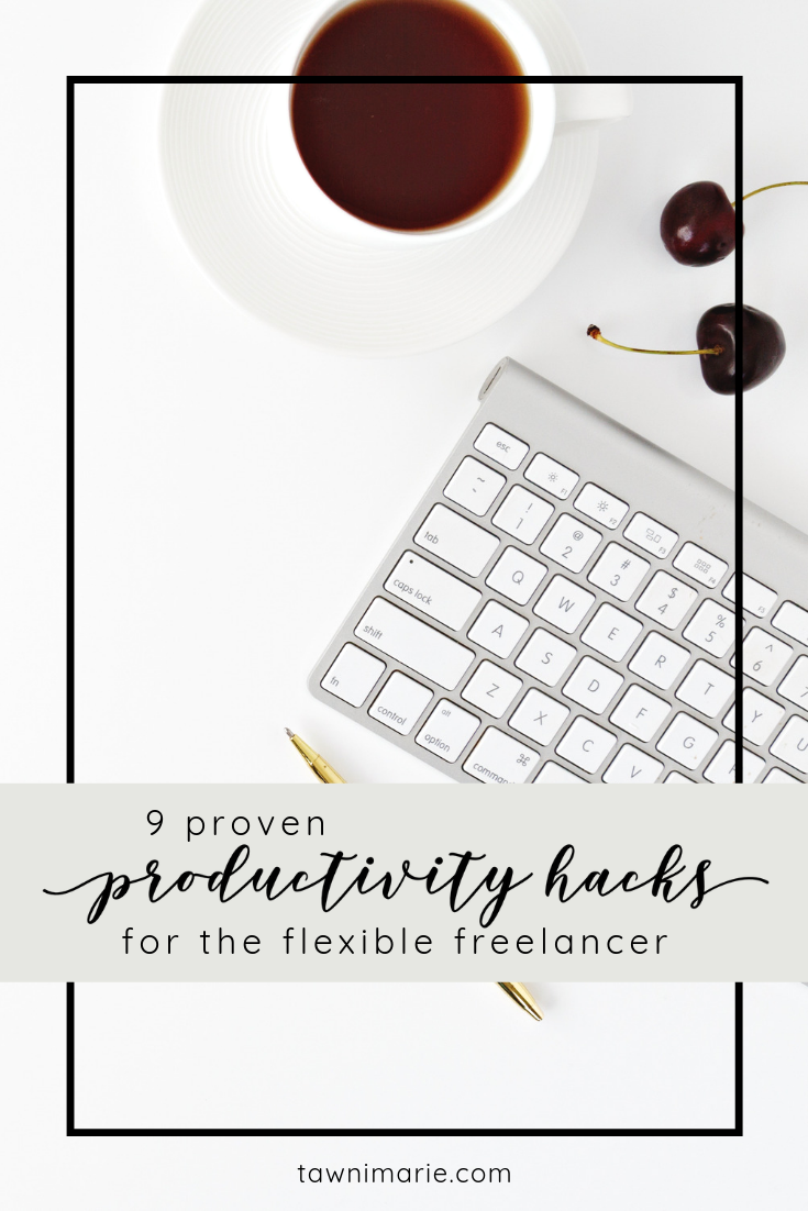 Proven Productivity Hacks for the Flexible Freelancer | home office, desk, keyboard | Photo by Leone Venter on Unsplash | tawnimarie.com