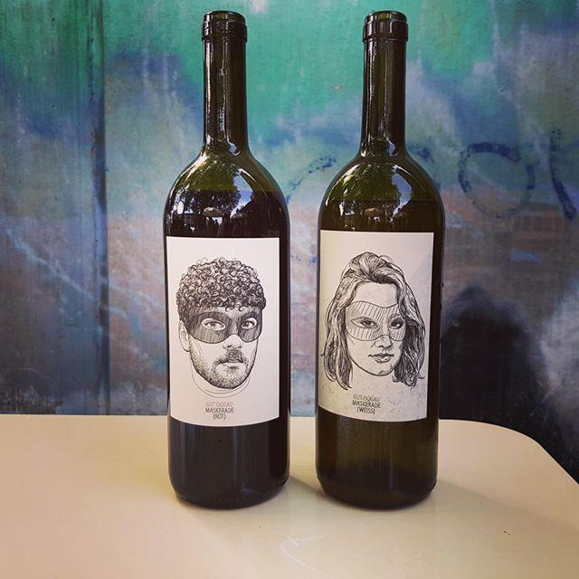 Diesen Sonntag gibts bei uns ein spezielles Angebot an exklusiven Naturweinen! Dazu serviert euch Amä handgeschnittenes Rindstatar!  #gutoggau #naturwein #trybhouzbar #trybhouz #bern #bärn #aare #amäischumä