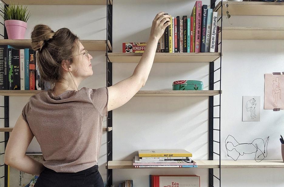 - Marte Van Rijckeghem wordt enthousiast van mooie kinderboeken. Ze deelt graag haar enthousiasme met de rest van de wereld en wil iedereen aanzetten om zelf aan de slag te gaan in de workshops die ze voor Galerie Magiek organiseert.