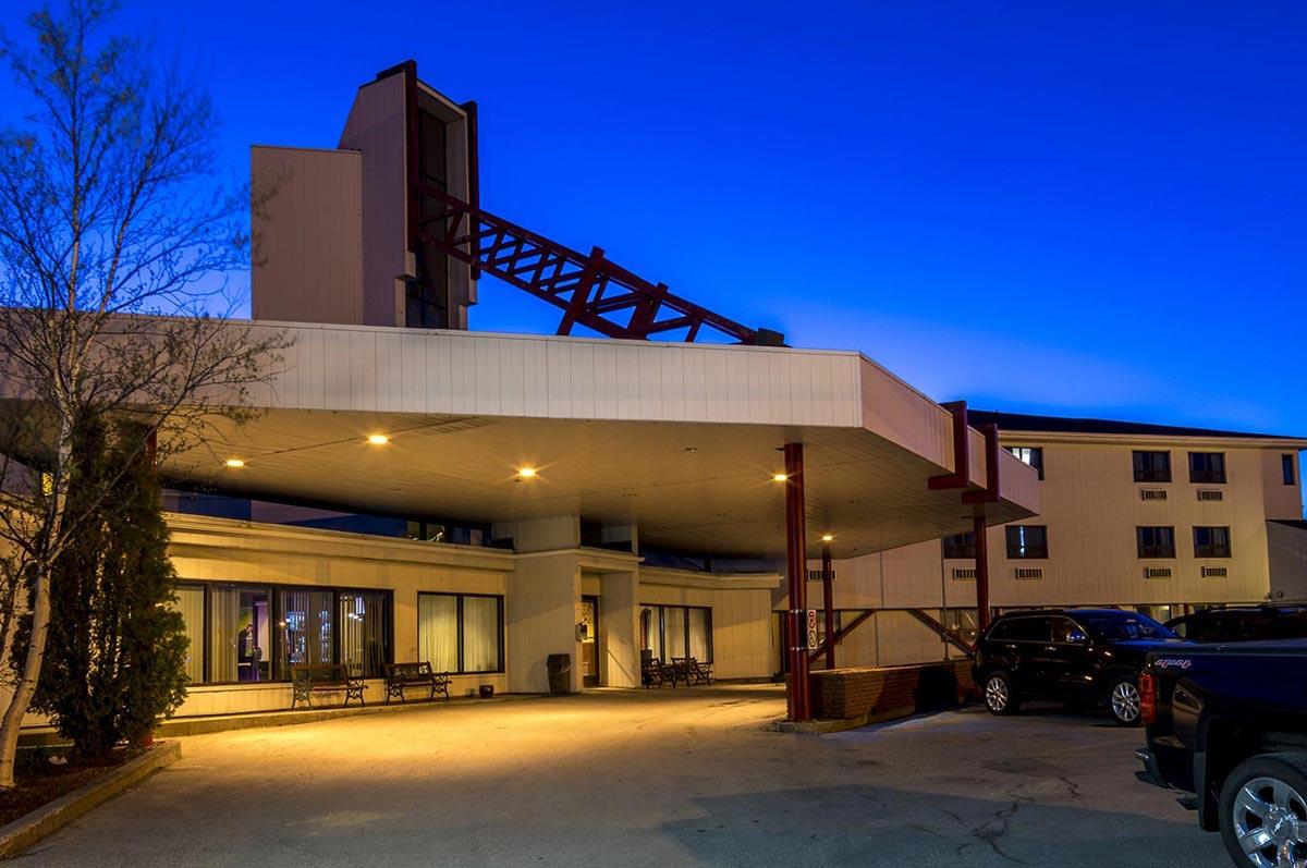 Sinbad's Hotel & Suites - 133 Bennett Drive, Gander, Newfoundland and LabradorA1V 1X3