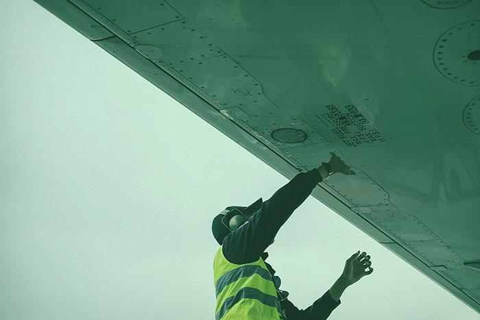 FBO Gander Aviation NL Line Service Aircraft Refueling