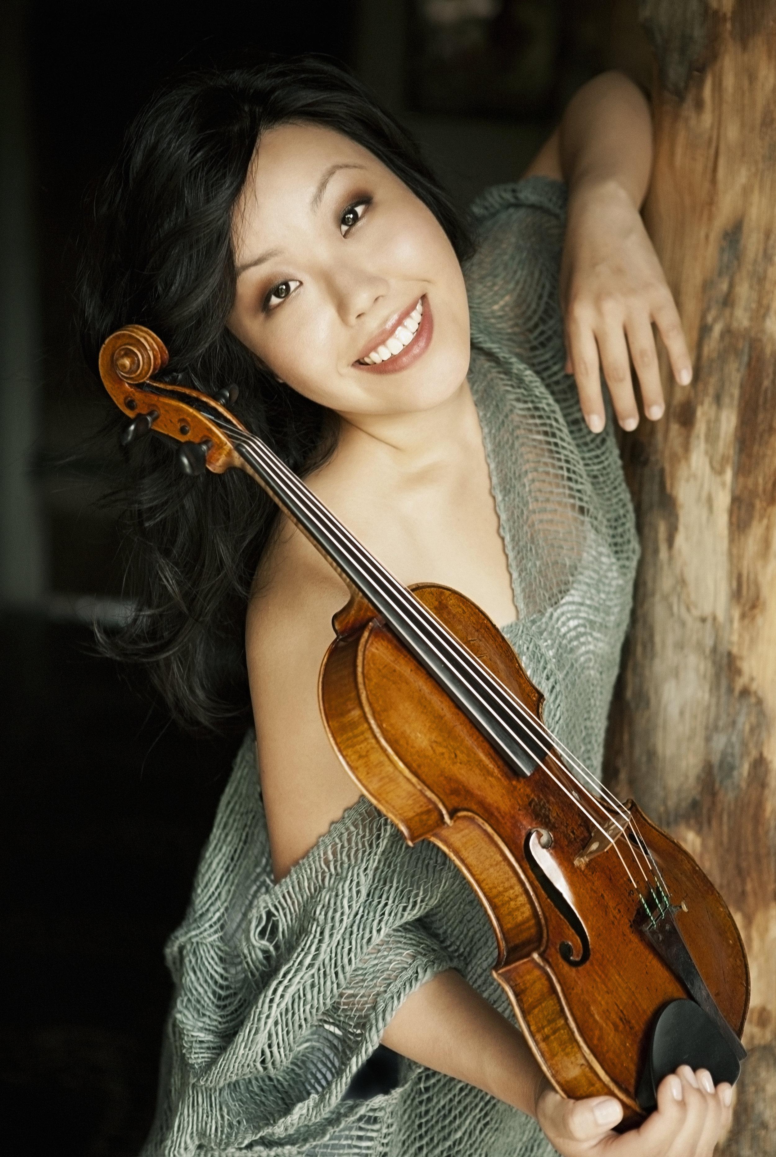 Sharon Park, violin