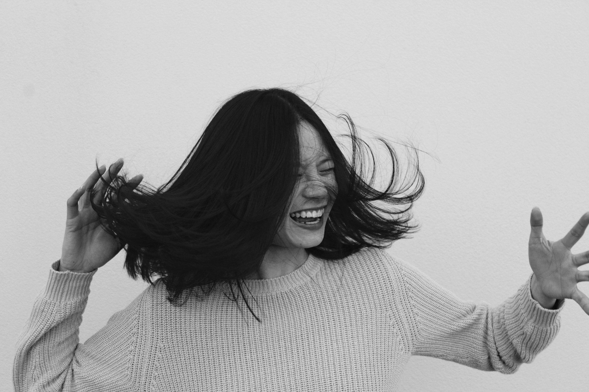 5 Ways to Ground Yourself - By Carina Devi