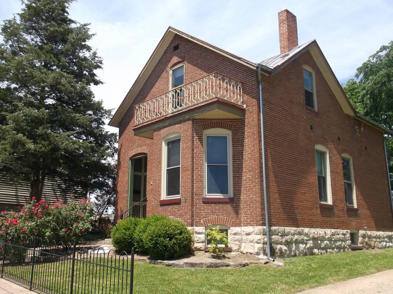 Krog House