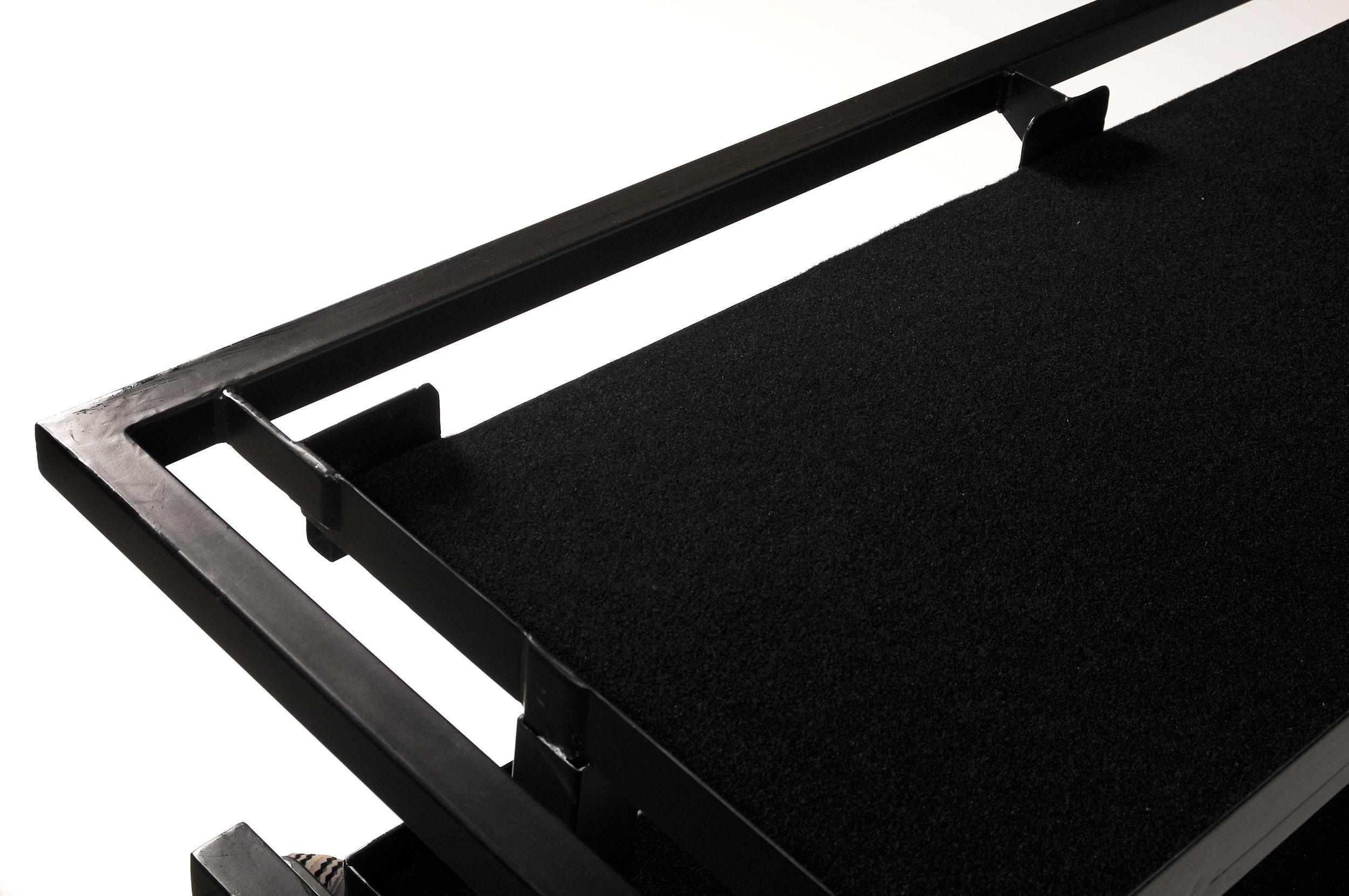 Synthesizer Frame 2.jpg