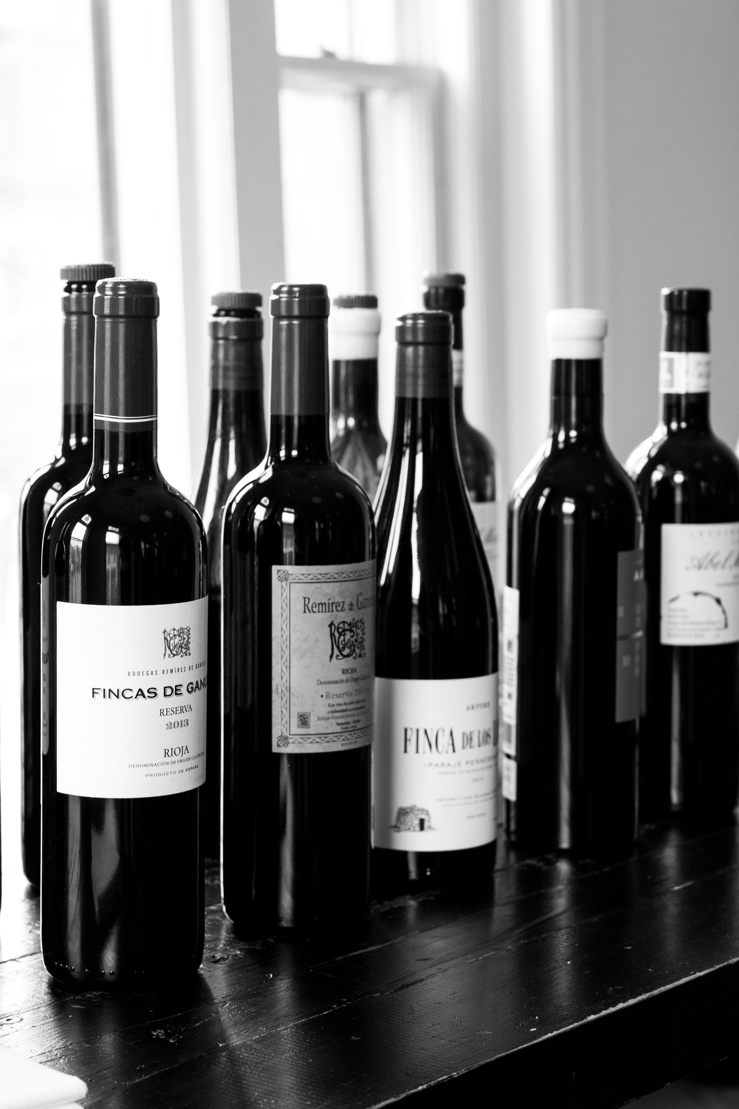 Derek Kranenborg - BottlesBW.jpg