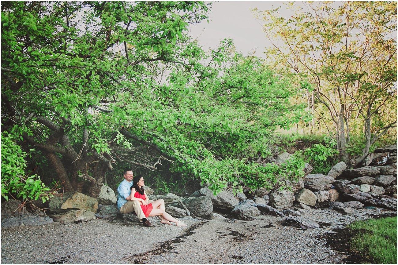 nicole-chaput-photography-engagement-couple-beach-sunset-quincy-massachusetts-001.jpg