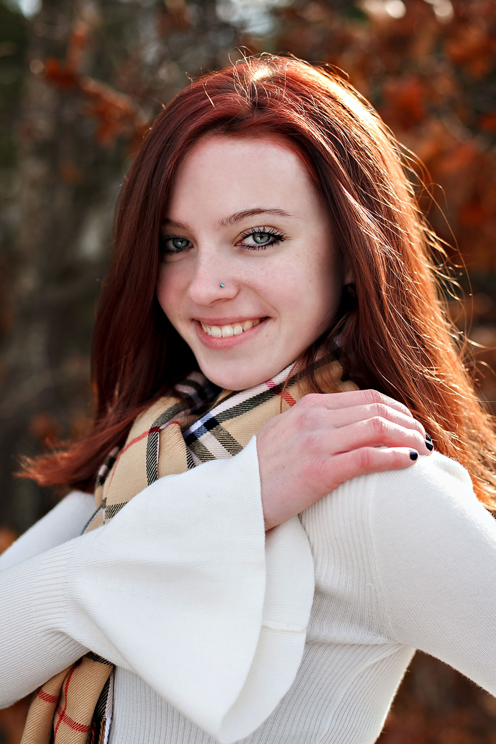 emily-highschool-senior-girl-norwood-massachusetts-cranberry-bog-autumn-wareham-nicole-chaput-photography-002.jpg