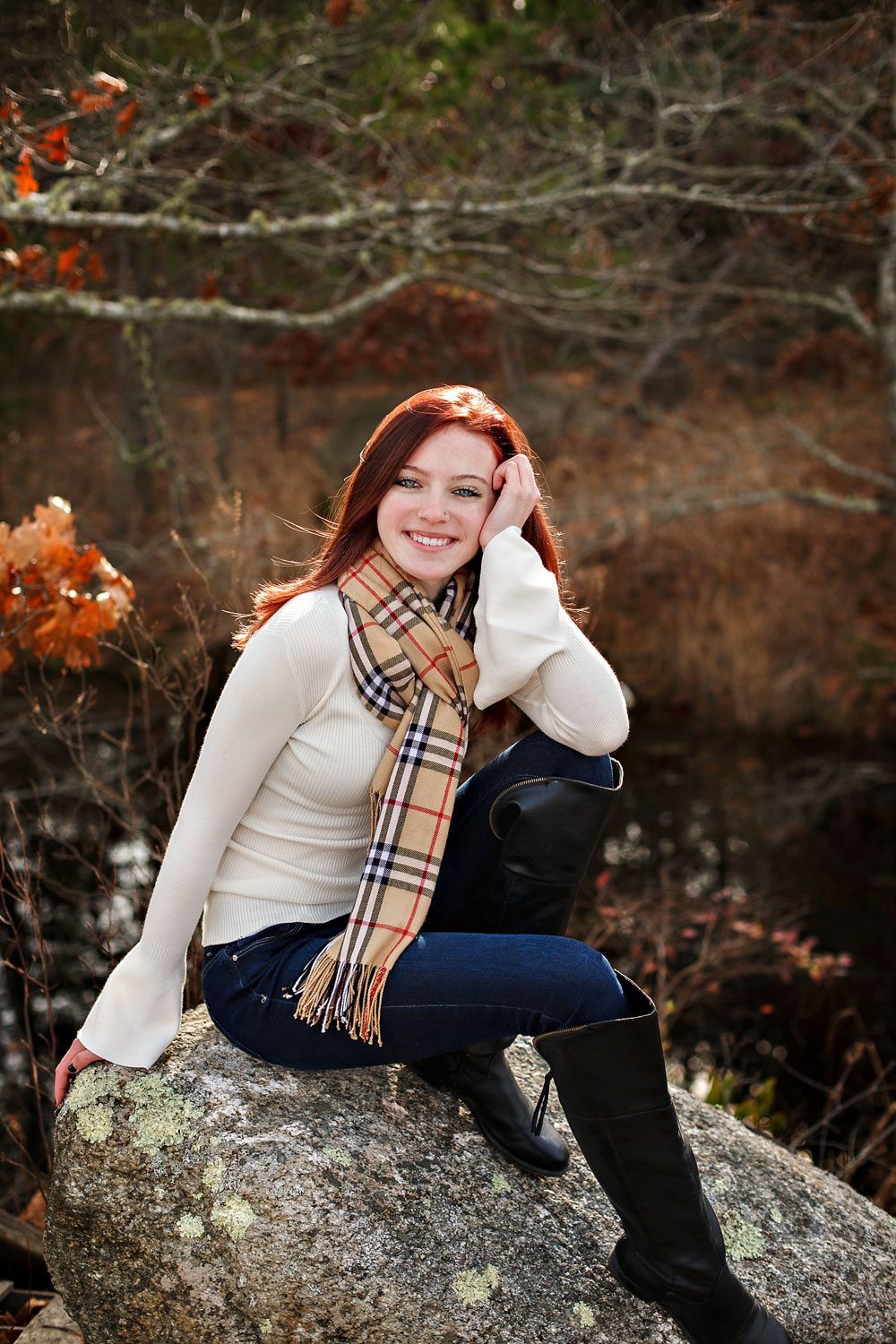 emily-highschool-senior-girl-norwood-massachusetts-cranberry-bog-autumn-wareham-nicole-chaput-photography-003.jpg
