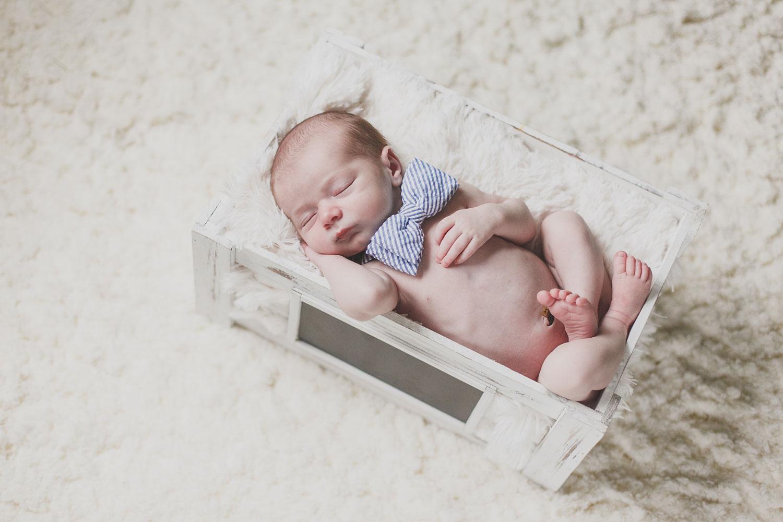 newborn-boy-surfer-massachusetts-nicole-chaput-photography-001.jpg