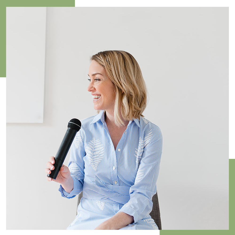 SPEAKING - Talk less, say more.Dynamic customized keynotes and conversations on communicating your way to career success at every career stage – from launch, to climbing the corporate ladder, job loss, career pivots and career reentries. Audiences leave inspired and in action.