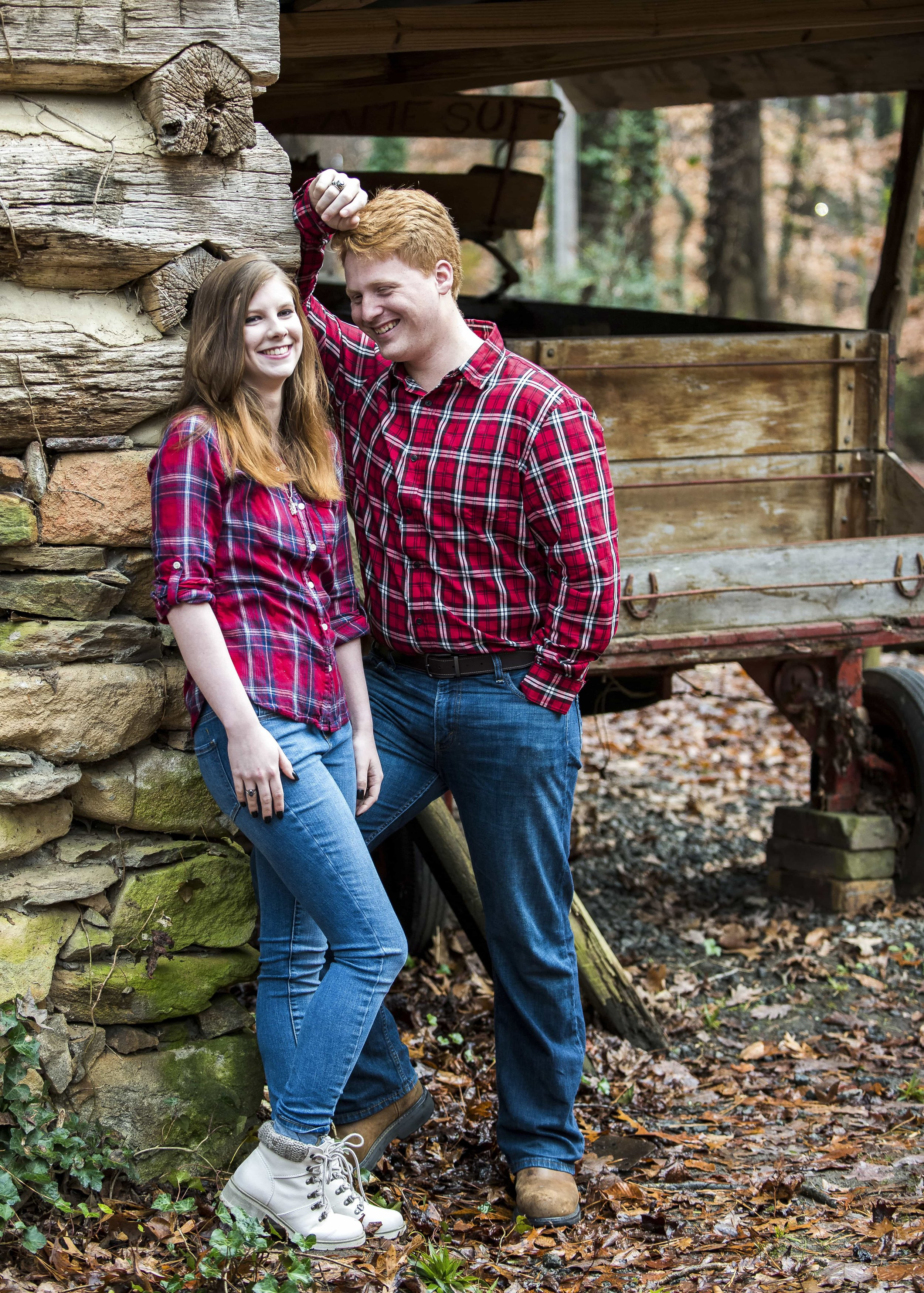 Kahle & Josh Engagement Photos-CC212220.jpg