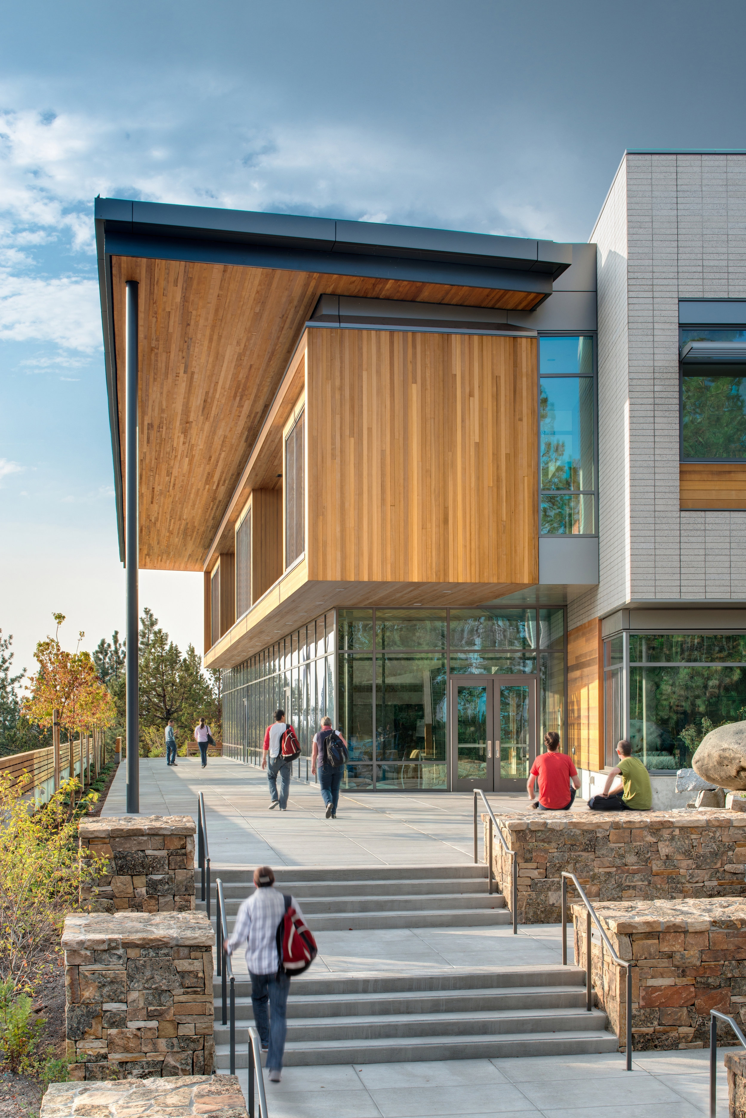 Central Oregon Community College Science Center
