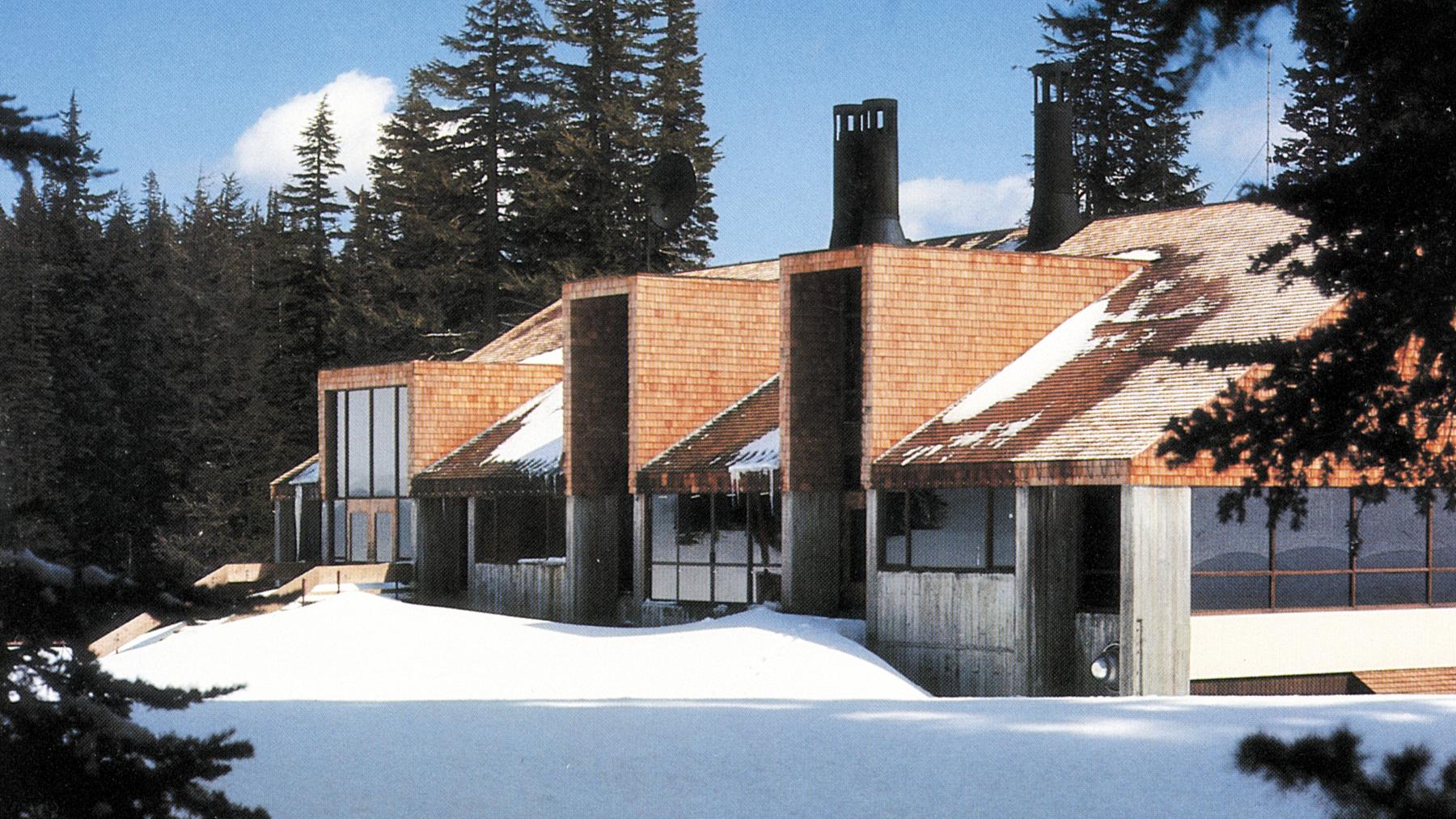 Mount Hood Meadows Ski Lodge