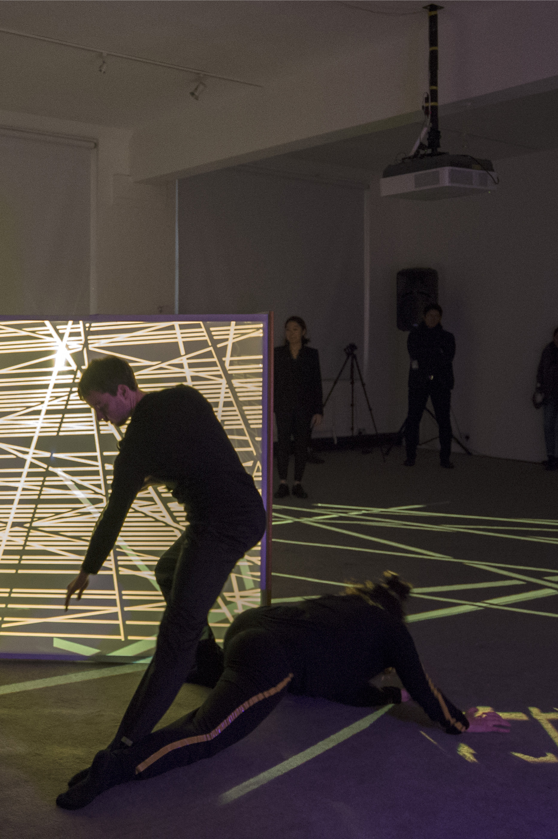 A sequence of duets explore different relationships between bodies and spatial geometries. -