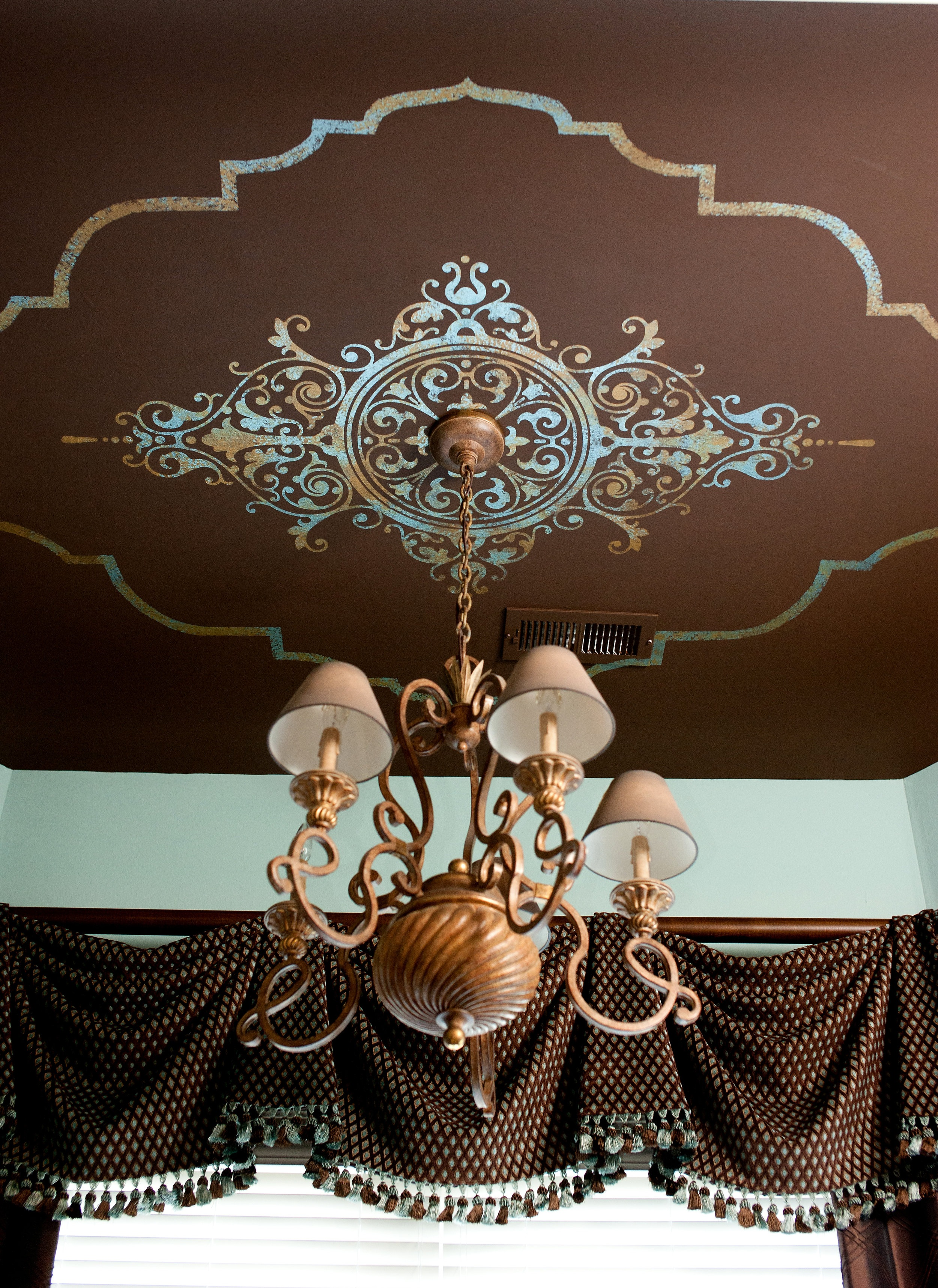 Guest roonm design with ceiling mural.jpg