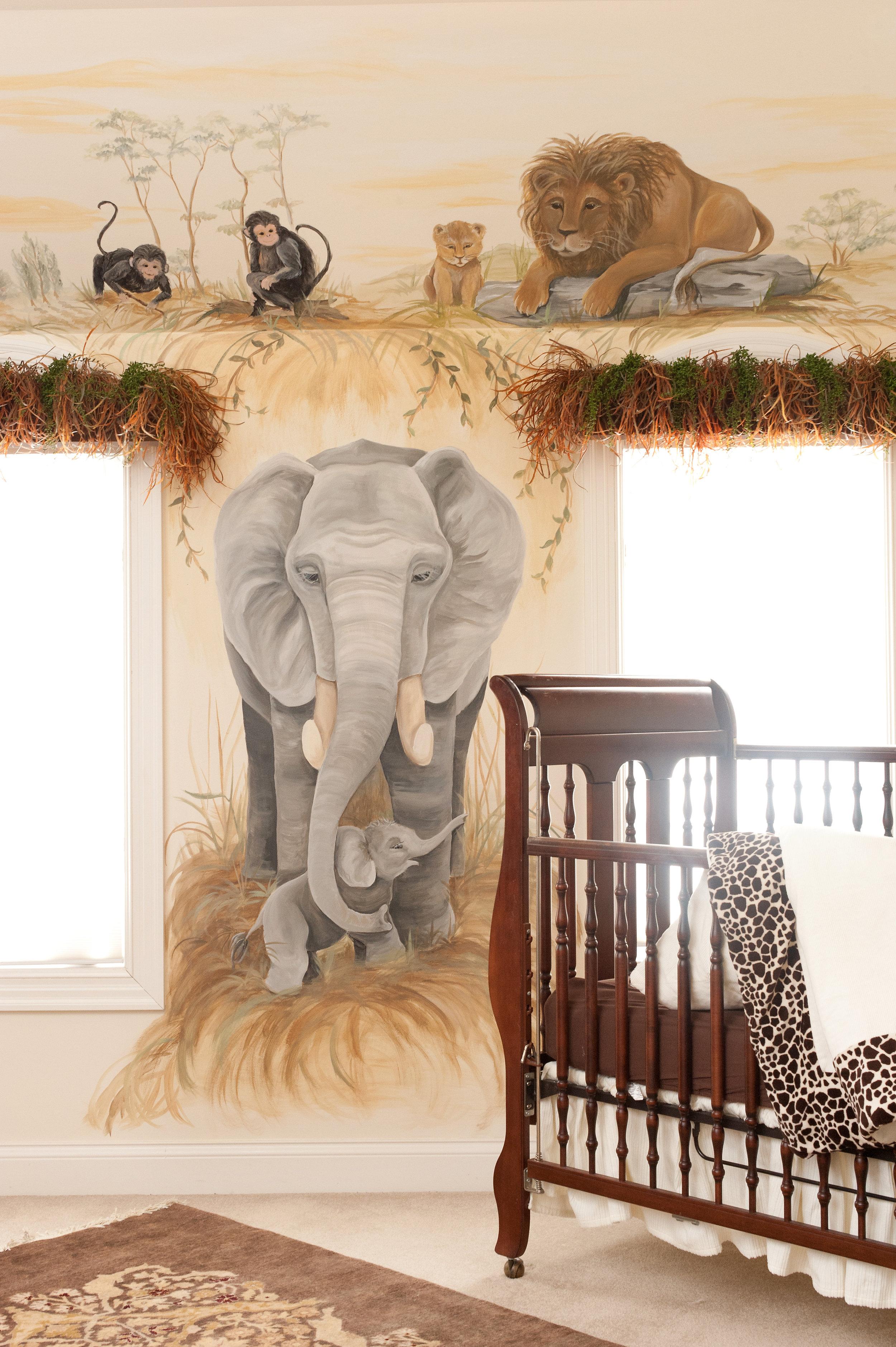 Jungle theme boy nursery with mural (1).jpg