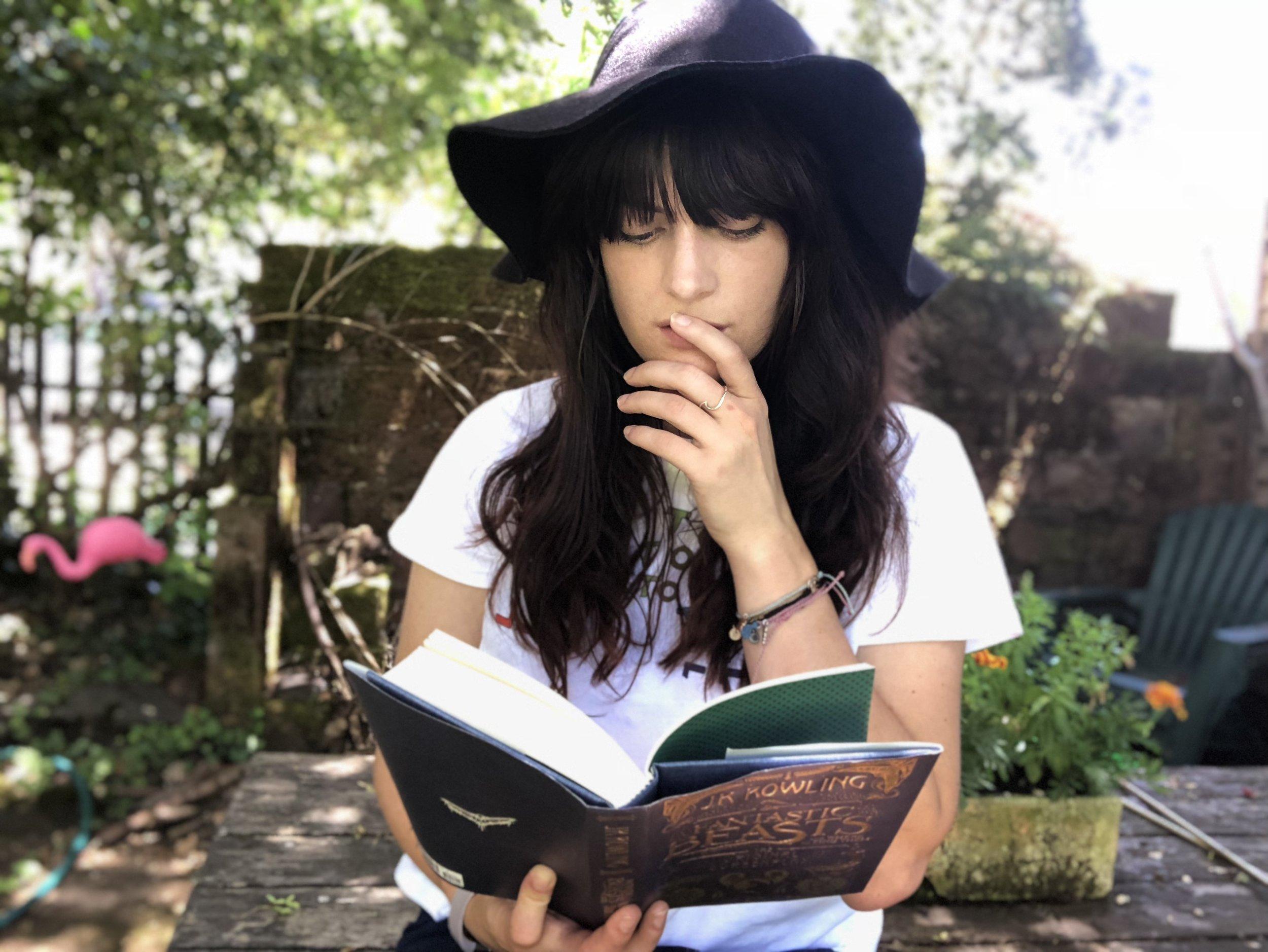 reading, books, gretchen holzgang