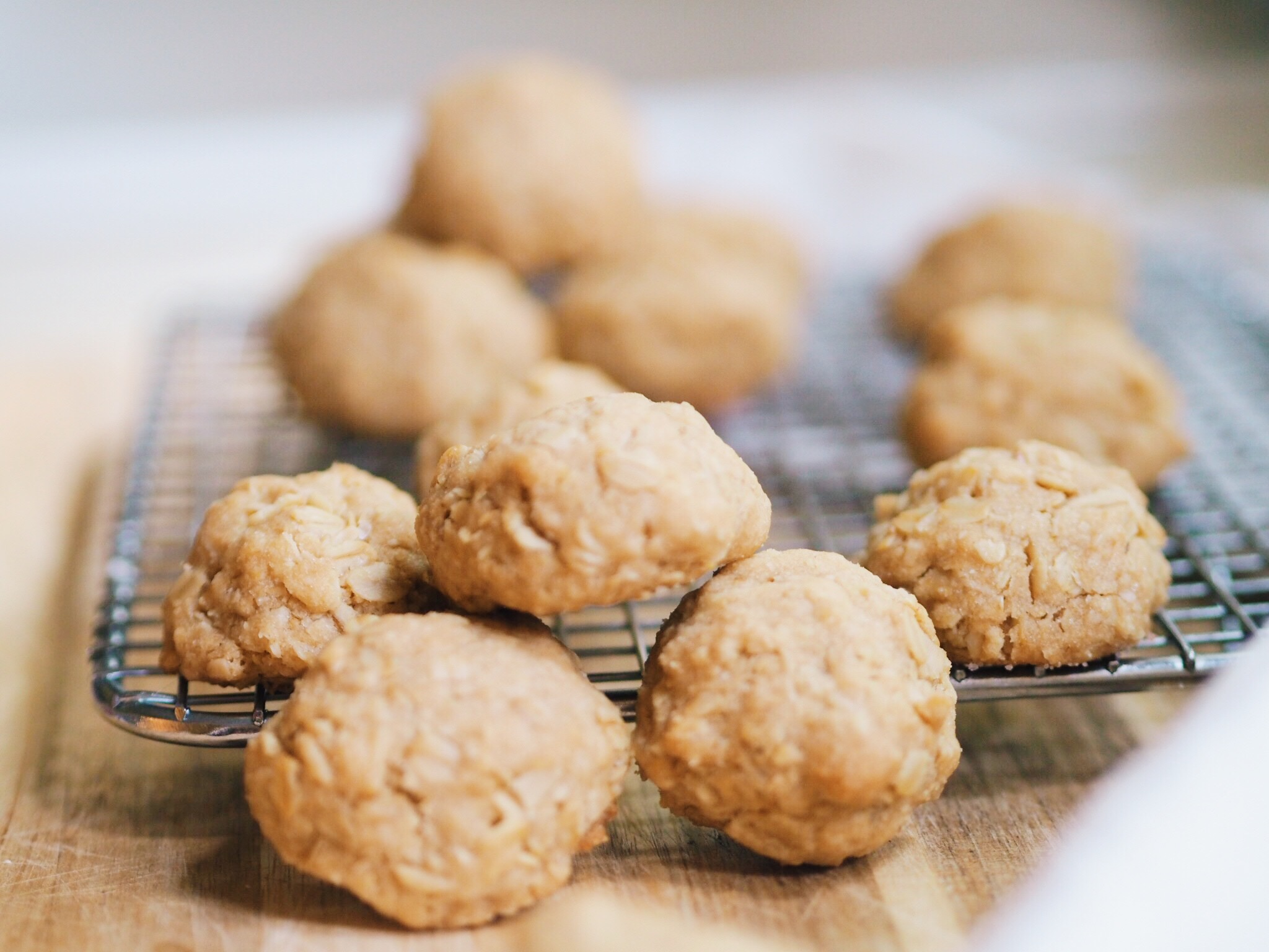 oatmeal cookies, aggression cookies, baking, gretchen has the floor, gretchen
