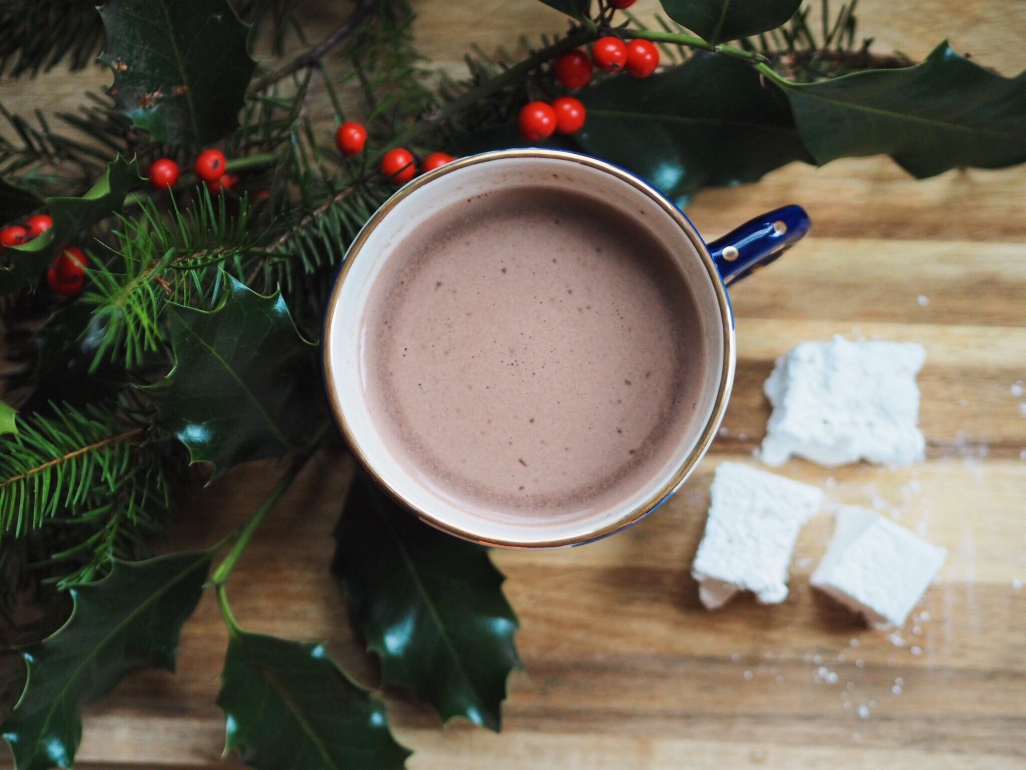hot cocoa, marshmallows