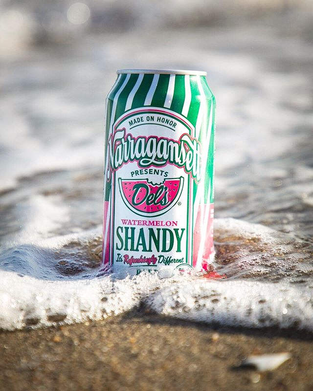 Summer is in full swing & so is our summer drink selection! Come enjoy a refreshing Narragansett Del's Watermelon Shandy at The Square 🍉  It's the perfect combination of 2 classic Rhode Island summer staples!! .⠀⠀⠀⠀⠀⠀⠀⠀⠀⠀⠀⠀ ⠀⠀⠀⠀⠀⠀⠀⠀⠀⠀⠀ . . ⠀⠀⠀⠀⠀⠀⠀⠀⠀⠀⠀⠀⠀⠀⠀⠀⠀⠀⠀⠀⠀⠀⠀ #TheSquareSharon #EatDrinkGather #LetsMeetAtTheSquare #DrinkLocal #Beer #BeerLover #Narragansett #NarragansettDelsShandy #NarragansettBeer #GansettBeer #delslemonade